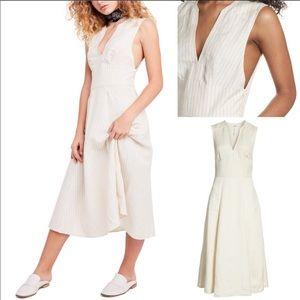 NWOT Pretty Daze Linen Midi Dress